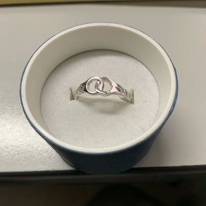NWOT. Silver Handcuff Ring.  Size 7